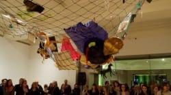 Quand une artiste donne une nouvelle vie à des babioles abandonnées