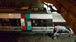 Une voiture tombe sur une voie du RER B et se fait
