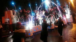 Plus d'artistes et de chars pour le défilé de nuit du 62e
