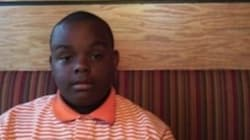 Muore a 12 anni per salvare il padre dall'incendio: il bambino eroe commuove