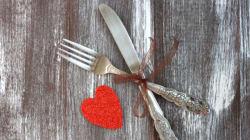 A Swoon-Worthy Valentine's Day Menu To Impress Your