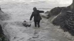 La vidéo impressionnante d'un couple sauvé de la noyade en