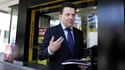Nick Xenophon's iPad Tried To Answer A Question In The