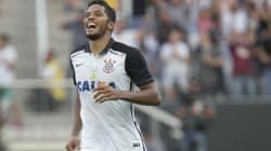 Corinthians aproveita falha da zaga são-paulina e vence clássico no