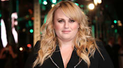 Watch Rebel Wilson's Hilarious Exchange With Idris Elba At The
