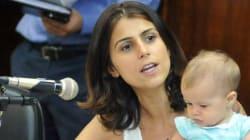 Manuela D'Ávila deixa disputa à prefeitura para viver a
