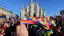 イタリア上院、同性カップル権利法を可決 レンツィ首相「歴史に残る日」