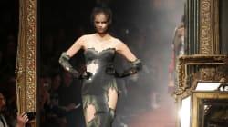 L'incroyable défilé automne-hiver 2016-2017 de Moschino: «la mode tue »