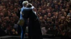 Adele aiuta la fan a convincere il fidanzato a dire sì (per mantenere la