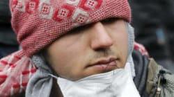 Bocche cucite contro lo sgombero di Calais: