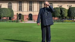 President Honours Helicopter Unit That Helped During 26/11