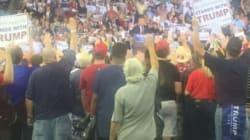 Quand Trump demande à ses partisans de lever la main droite, ça rappelle de mauvais