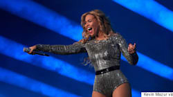 Beyoncé Makes Surprise Performance At School