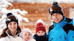 Le nuove foto ufficiali della famiglia reale in vacanza sulle