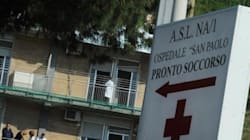 Non c'è posto per lei in nessuna sala operatoria: muore