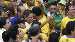 Aécio: 'Impeachment é caminho para Brasil ter futuro