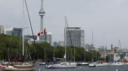 Deux militaires poignardés à Toronto, le suspect dit avoir agi sur ordre