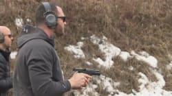 Un conseiller municipal se défend de faire la promotion des armes sur