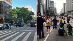 Olha o caveirão! Após 40 horas, PM retira à força manifestantes da Av.