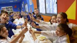 La mensa scolastica è un diritto di