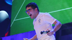 Amazing Last Gasp Goal By 17-Year-Old Wins FIFA World (Video Game) Cup For