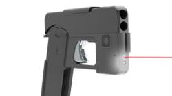 Ce fusil déguisé en téléphone coûte moins cher qu'un