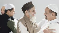 Hug Ahmadi Muslims And Hug Pakistani