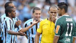Futebol: O mau exemplo dos