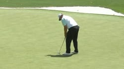 Ce golfeur rate un coup facile... 5 fois