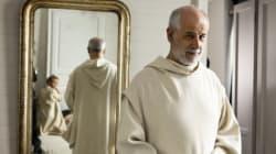 La lotta al capitalismo del monaco Servillo, ancor più spiccio di papa