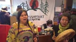 Attawapiskat: manifestation devant un ministère à