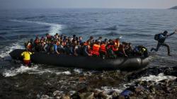 La Turchia minaccia di far saltare l'accordo sui profughi, Juncker: