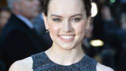 Daisy Ridley se moque des hashtags #NoFilter