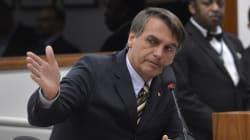 De novo? Ao se defender de 'apologia à tortura', Bolsonaro chama Ustra de 'herói'