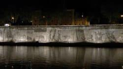 500 metri per raccontare Roma: la monumentale opera nata dallo sporco sul