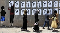 Yemeni Street Artist Covers The Ruins Of War In Colour And