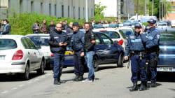 Deux morts et un blessé grave lors d'une fusillade devant une école de