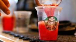 Starbucks poursuivi pour mettre trop de glaçons dans ses