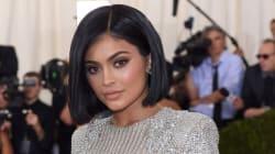Kylie Jenner lancera une teinte de rouge à lèvres