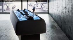 Le lit d'eau réinventé pour faire la sieste sans se