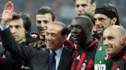 Berlusconi dà l'ok alla trattativa per vendere il Milan ai cinesi.Esclusiva fino al 15