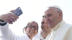 Papa Francesco apre alle donne diacono: