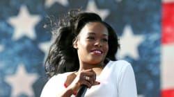 Azealia Banks s'excuse pour ses messages racistes et