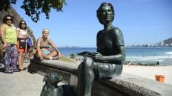 Estátua de Clarice Lispector é a 1ª de uma artista mulher no