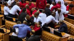 Une bagarre éclate au parlement