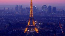 Dormire nella tour Eiffel? Un sogno che diventa realtà: ecco come