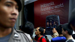 Indonesia Threatens To Shut Down BlackBerry
