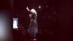 Adele s'offre un instant Spice Girls sur scène... et les Spice Girls