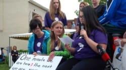 Marche d'élèves contre le suicide à