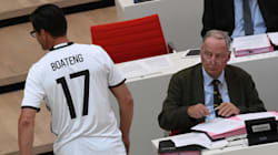 Pourquoi ce député allemand portait un maillot de Boateng au